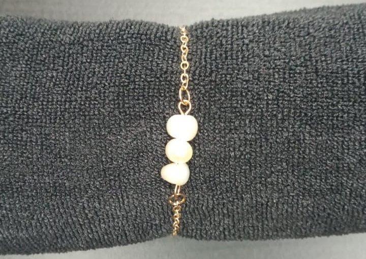 Bracelet 3 perle blanche